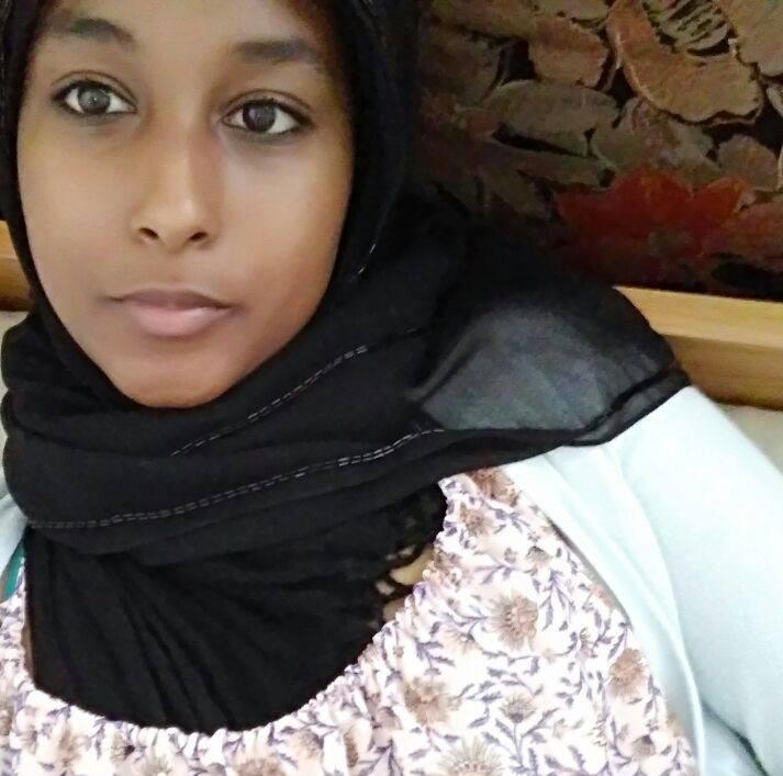 Passi di dialogo insieme a Nebat Adbu, ragazza musulmana da 15 anni inItalia